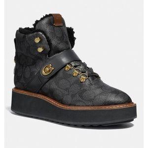 Urban Hiker COACH Boots size 6.5
